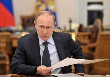 Путин подписал закон о повышении минимальной зарплаты